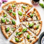 vegan-caprese-pizza