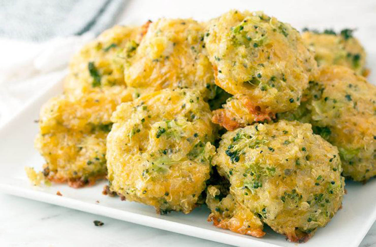 Vegan Cheesy Broccoli Quinoa Bites