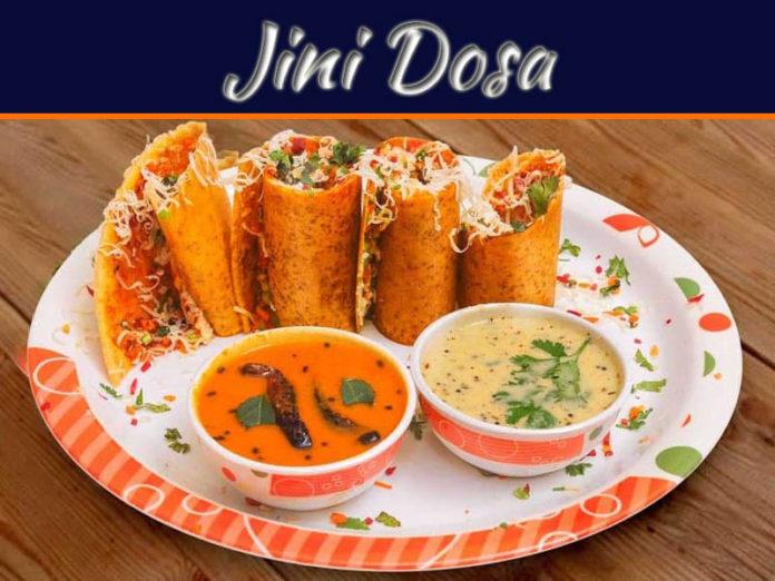 A Famous Indian Avenue Meal: Jini Dosa