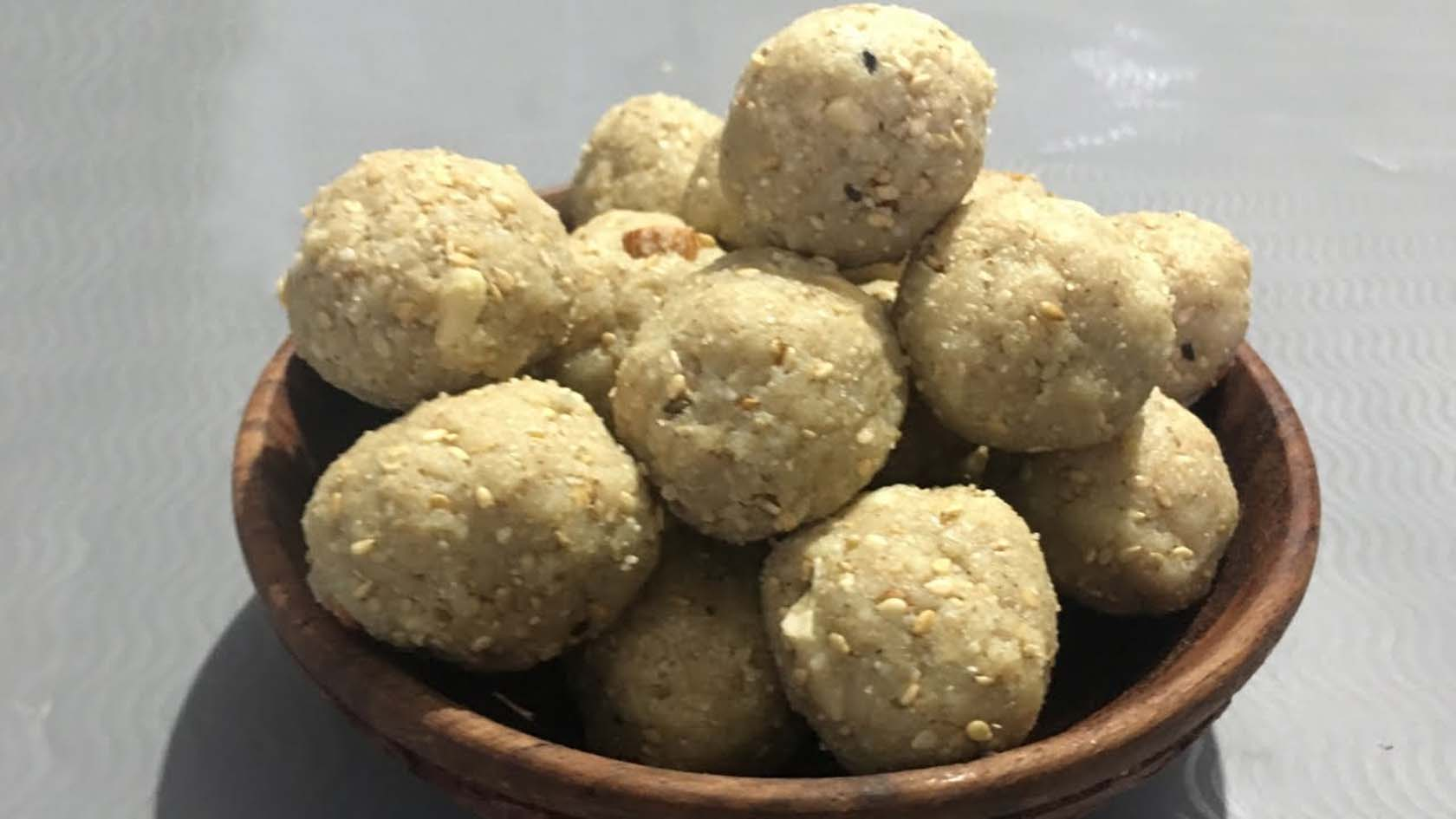 How To Make Til Mawa Ladoo