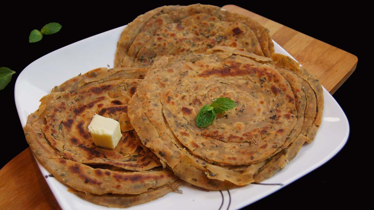 Garlic Lachha Paratha